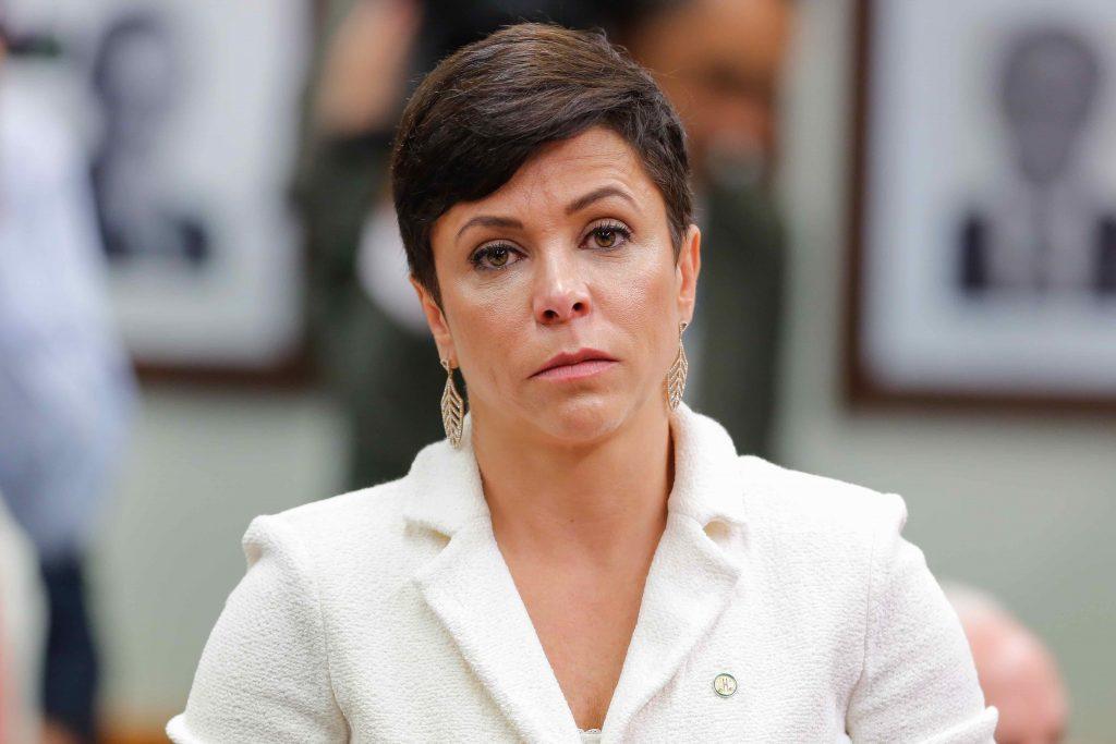 Petropolitana: ex-deputada Cristiane Brasil é procurada em Operação do MP e  Polícia Civil - Portal Giro